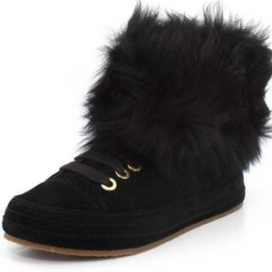 UGG Antoine Black Fur Fashion Sneakers Size 7.5
